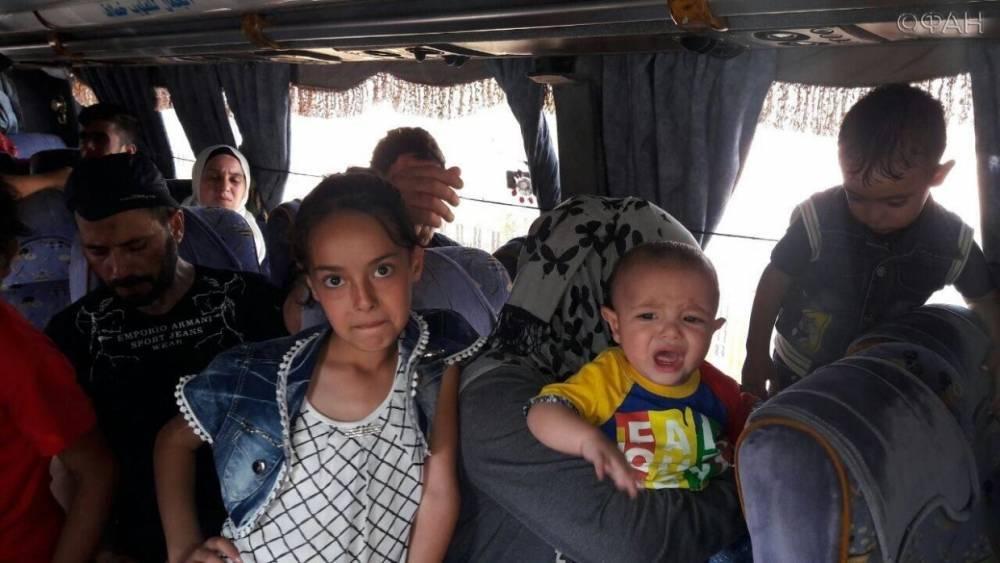 Сирия: около 900 беженцев вернулись домой из Ливана и Иордании за стуки