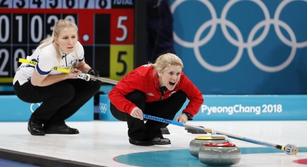 Трио лидеров определилось в турнире по керлингу олимпийского турнира в Пхенчхане