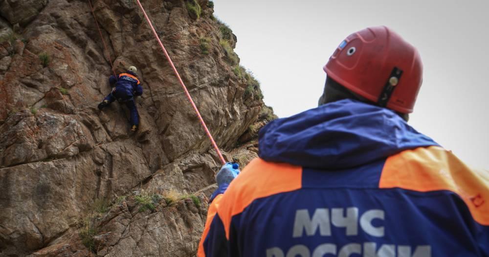 Пропавший на Эльбрусе московский альпинист найден