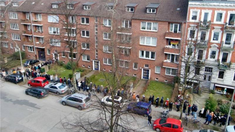 Гамбург: отстоять 50-метровую очередь только чтобы осмотреть квартиру