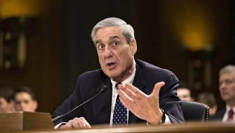 """В США предъявили обвинения россиянам в рамках дела о """"вмешательстве в выборы"""""""