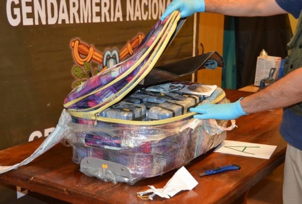 В российском посольстве в Аргентине хранилось почти 400 кг кокаина