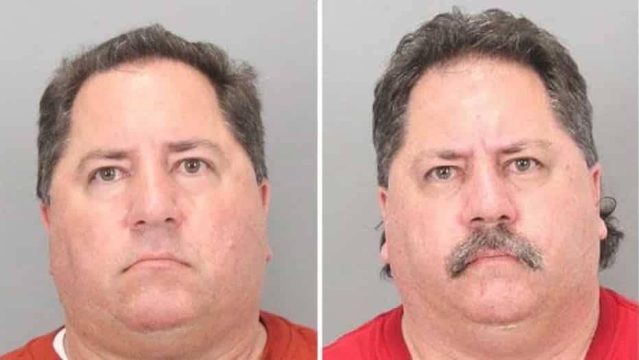 Учителей-близнецов почти одновременно арестовали за детскую порнографию