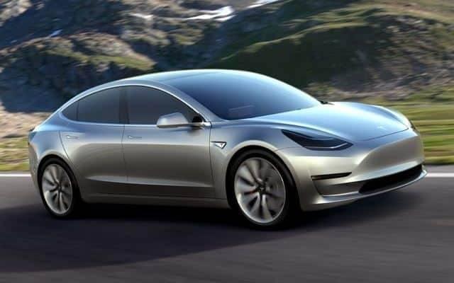 «Полностью беспилотные» авто могут оказаться на дорогах Калифорнии уже в апреле