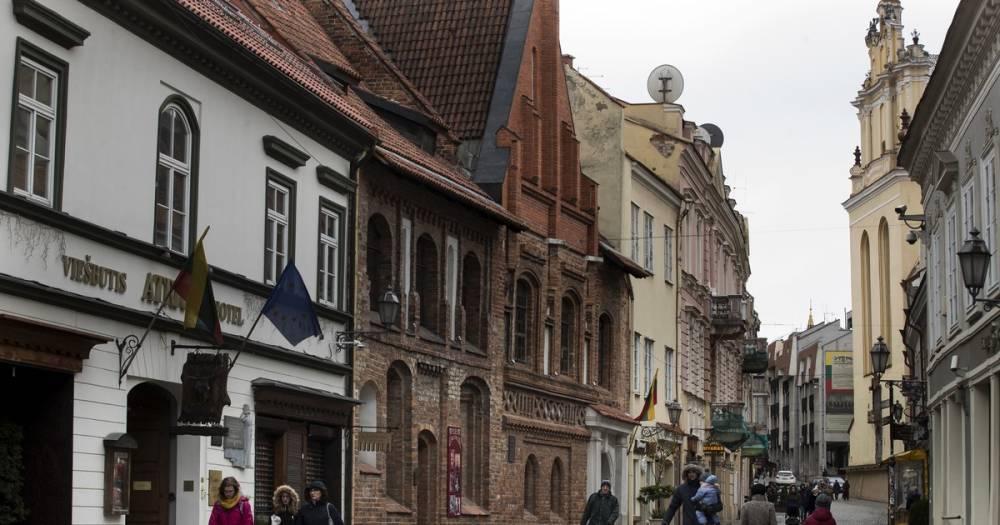 В Вильнюсе требуют снести памятники красноармейцам и солдатам царской России