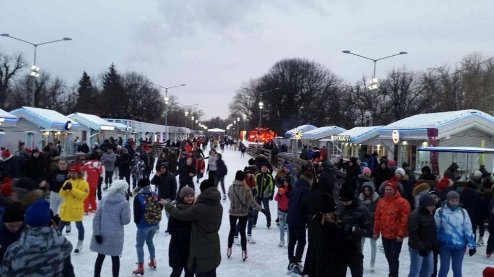 Активисты «Команды Путина» встретились на вечеринке в Парке Горького