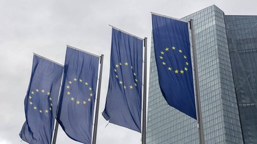 В Европарламенте заявили о провале санкций против России и призвали к их отмене