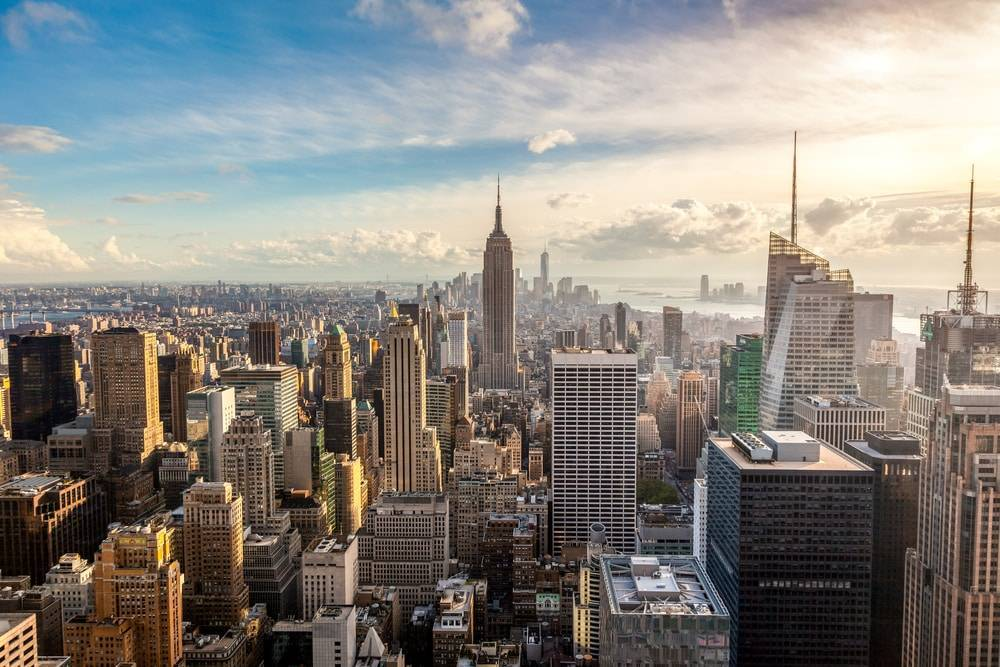 Почему Нью-Йорк называют Большое яблоко
