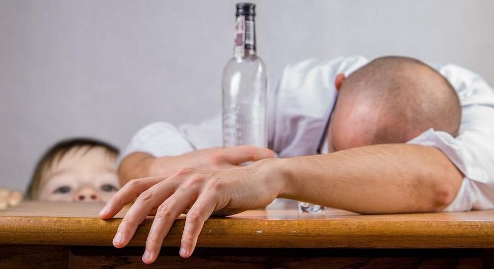 В Одессе начала работу группа поддержки семей больных алкоголизмом и наркоманией