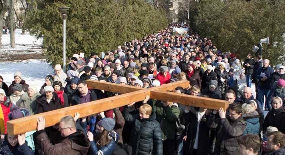 В Житомире состоялась Крестный ход РКЦ