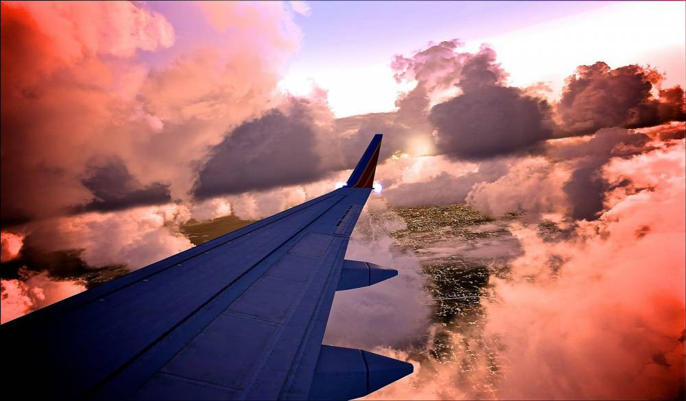 Пассажирам Southwest Airlines пришлось выпрыгивать из самолета после аварийной посадки
