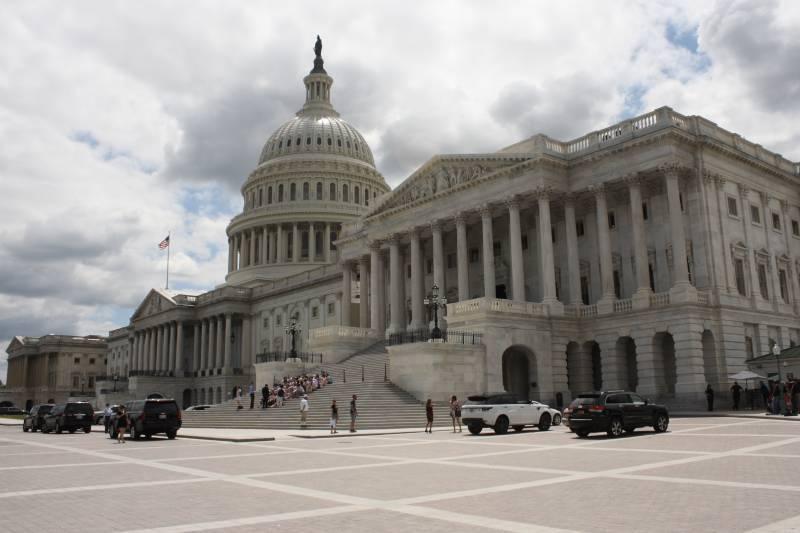 Конгрессмены призвали Трампа ввести новые санкции против России