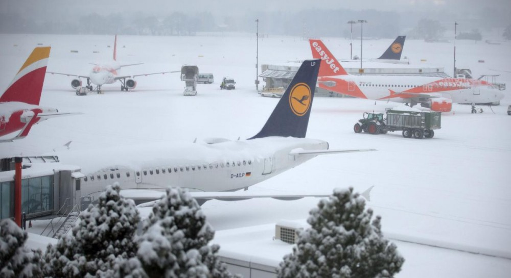 Немецкая Lufthansa перенесла запуск дополнительных рейсов из Киева