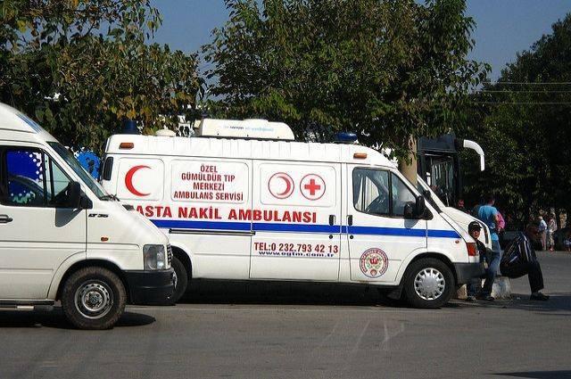 Число погибших в ДТП на севере Турции увеличилось до 13 человек