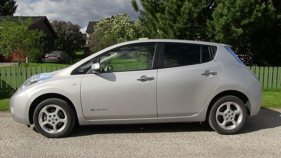 Каждые 12 минут в Европе продается один электрокар Nissan Leaf