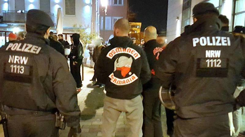 Полиция проводит массовые рейды против «Османской Германии»