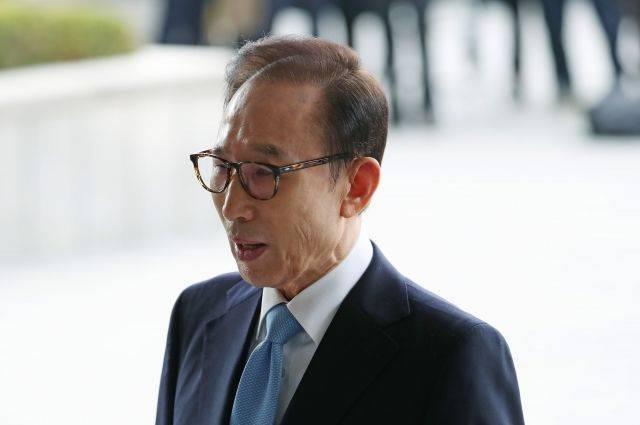 Экс-президента Южной Кореи обвинили в коррупции – СМИ