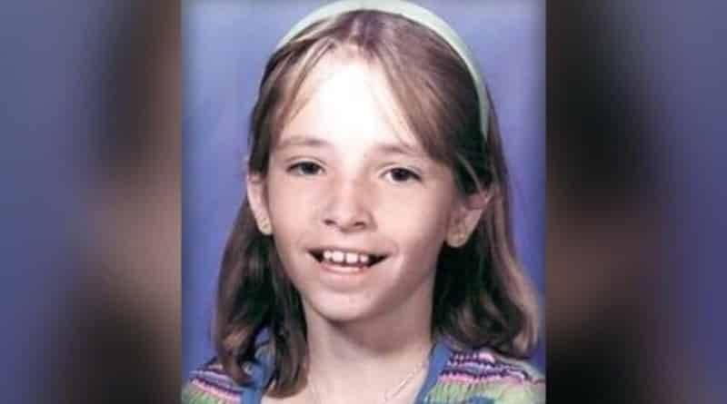 Найден доллар с посланием от девочки, пропавшей в 1999 году