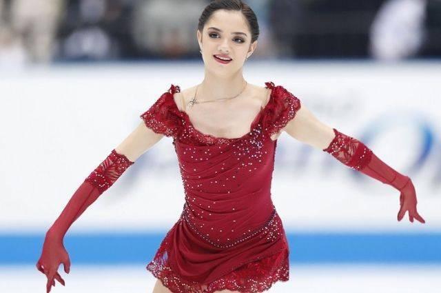 Евгения Медведева показала, как российские атлеты прятали триколор в форме