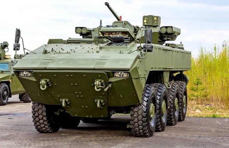 В РФ создадут танк на колесной платформе