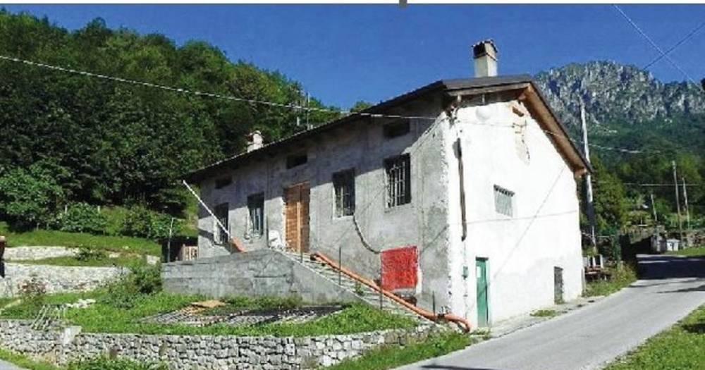 В Италии покупатель дома обнаружил в нём умершего почти год назад хозяина