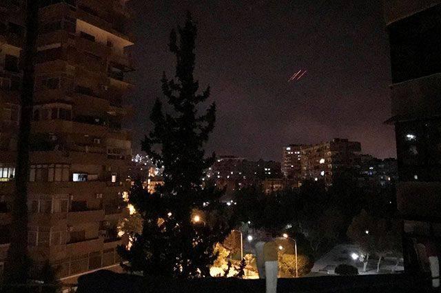 СМИ рассказали подробности ракетного обстрела аэродрома под Дамаском