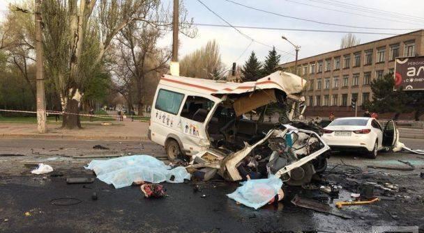 Автобус снес полмаршрутки: восемь погибших (фото, видео)
