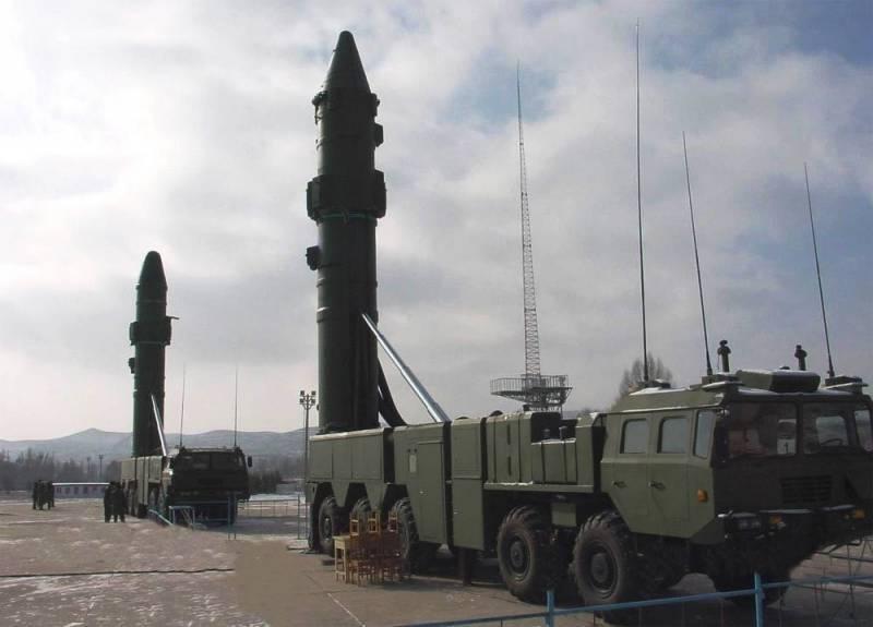 НОАК приняла на вооружение новую баллистическую ракету