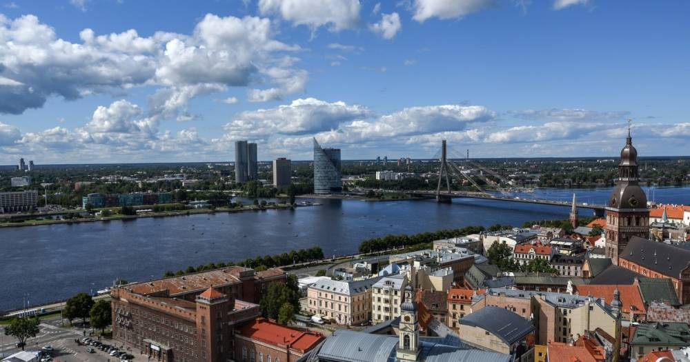 В знак протеста. В Латвии защитник русских школ Гапоненко объявил голодовку