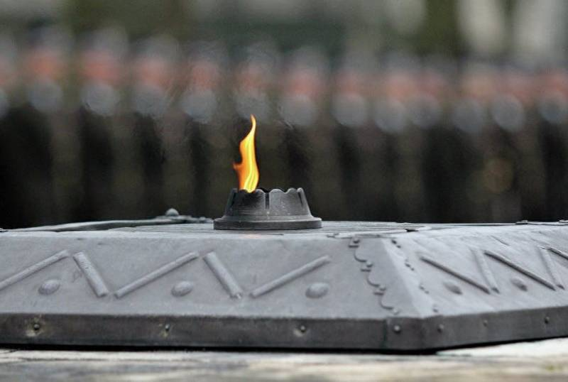 В Латвии при ремонте дороги обнаружены останки советских солдат