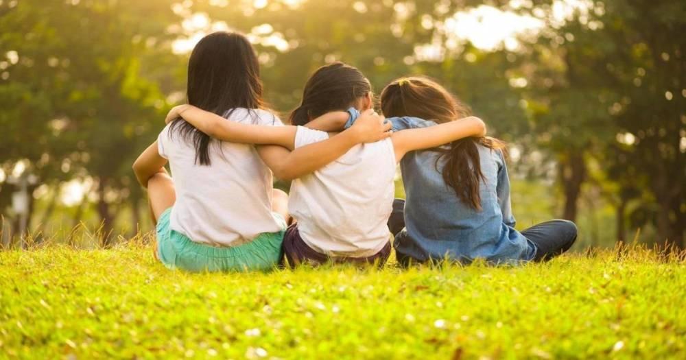 Школьникам Массачусетса запретили называть одноклассников лучшими друзьями