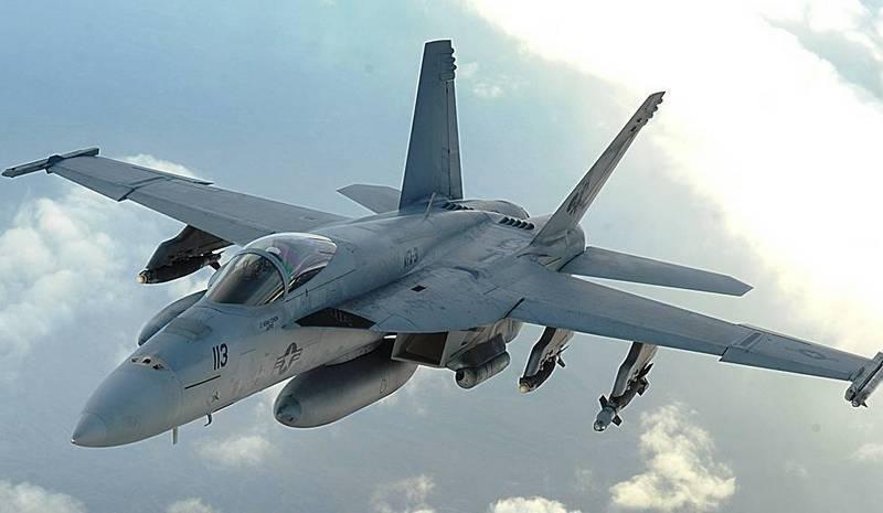 F/A-18E/F Super Hornet еще полетают. После модернизации
