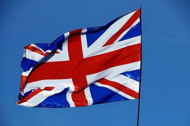 Британский МИД пообещал рассмотреть запрос на встречу Джонсона и посла РФ