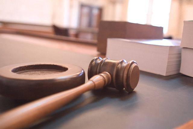Лесли и Рыбке может грозить суд за производство непристойных видео