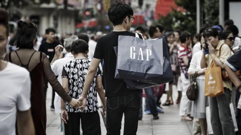 Gap извинился перед китайцами за неправильную карту Китая на своих футболках