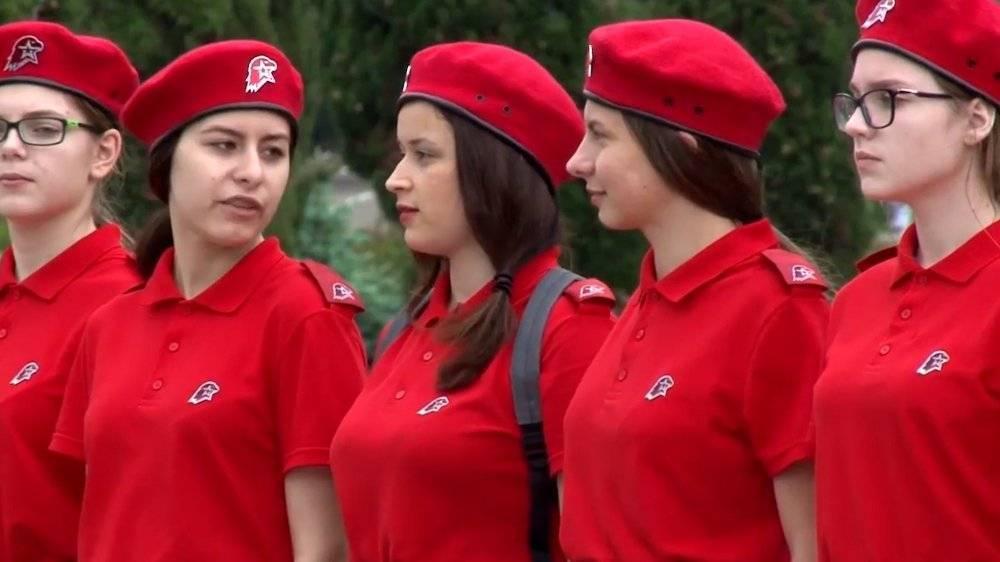 Минобороны наградило медалями 70 мурманских юнармейцев