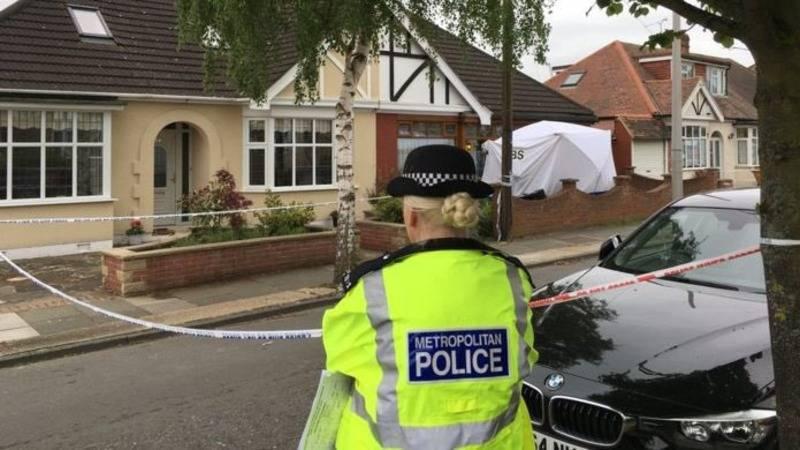 Пенсионерку забили до смерти в ее собственном доме в Ромфорде