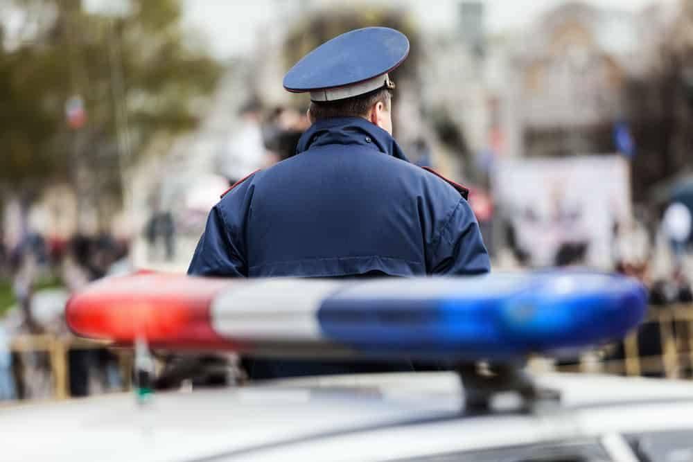 В штате Нью-Йорк известный тренер арестован по обвинению в сексуальном насилии над малолетними детьми