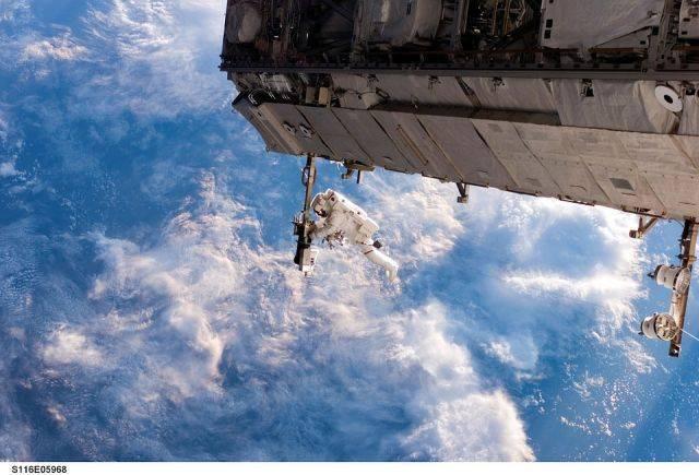 Сколько стоит полететь в космос?