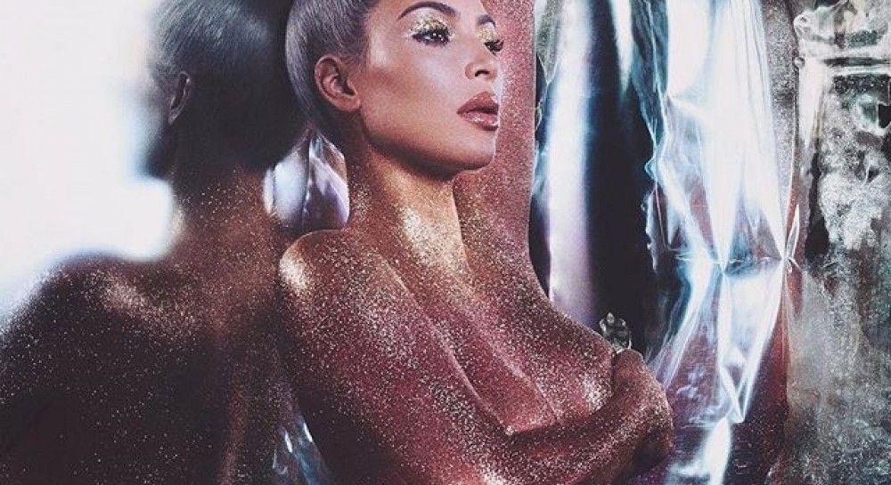 Ким Кардашян без макияжа: звезда поделилась новым снимком в сети