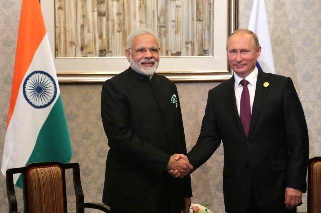 Путин в понедельник проведет переговоры с премьером Индии в Сочи