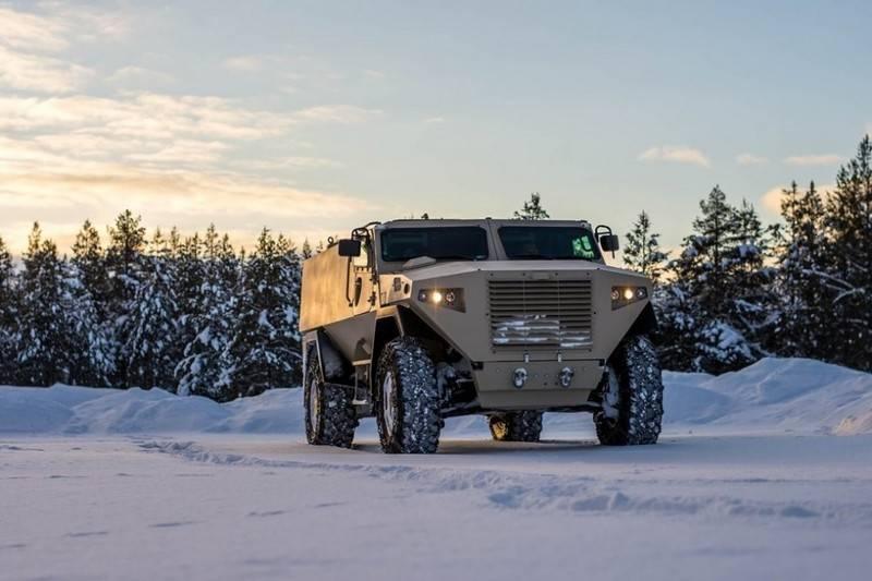 Четыре внедорожника для Латвии. Минобороны проводит тендер на броневики для армии