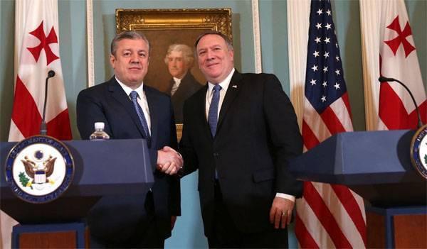 Помпео: Россия должна вывести свои войска с оккупированных территорий