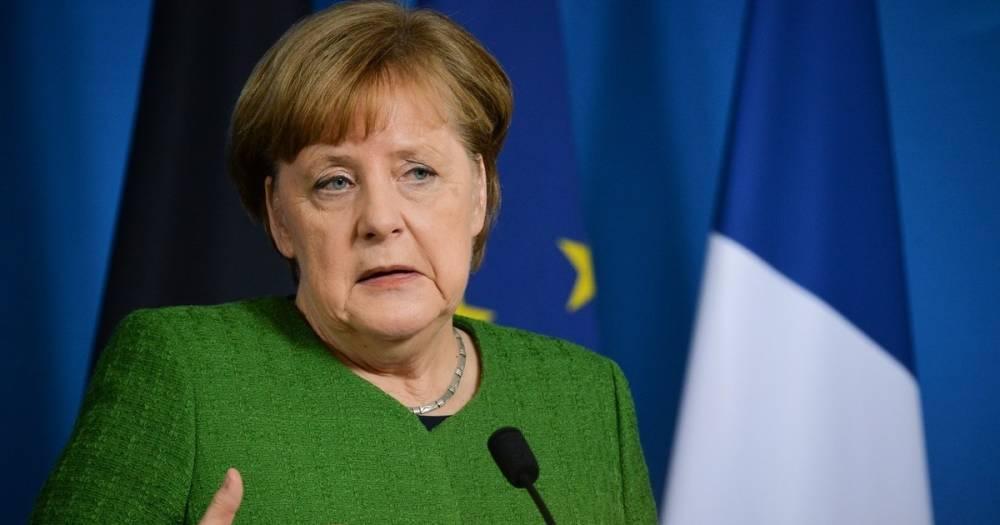 Меркель заявила, что Германия продолжит уважать соглашение по Ирану