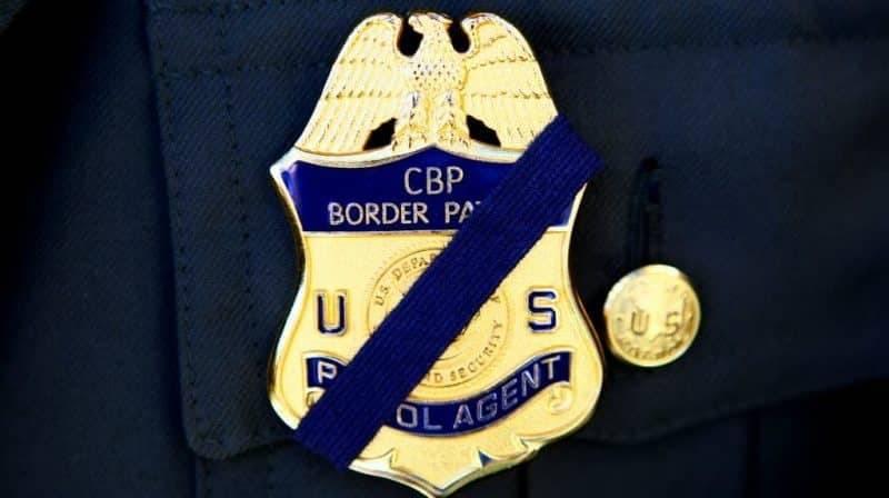 На границе с Мексикой мигрантка погибла от выстрела пограничника