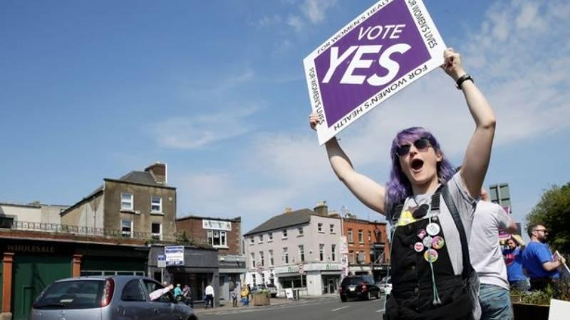 Мое тело - мой выбор. Ирландия прощается с небывало жестким запретом на аборты