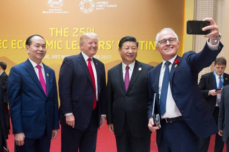 «Хитроумные китайцы» отказались от роли «младшего партнера» США