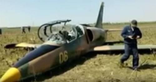 Как курсант Краснодарского ВВАУЛ сажал Л-39 в поле. Моделирование от СМИ