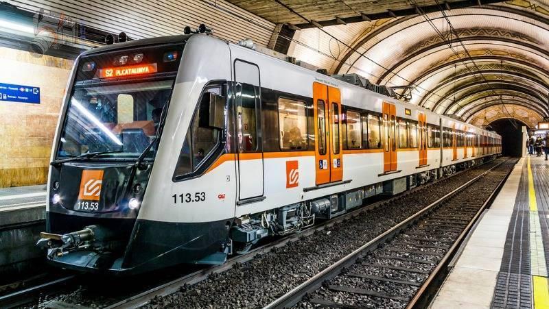 Необычные правила поведения в метро
