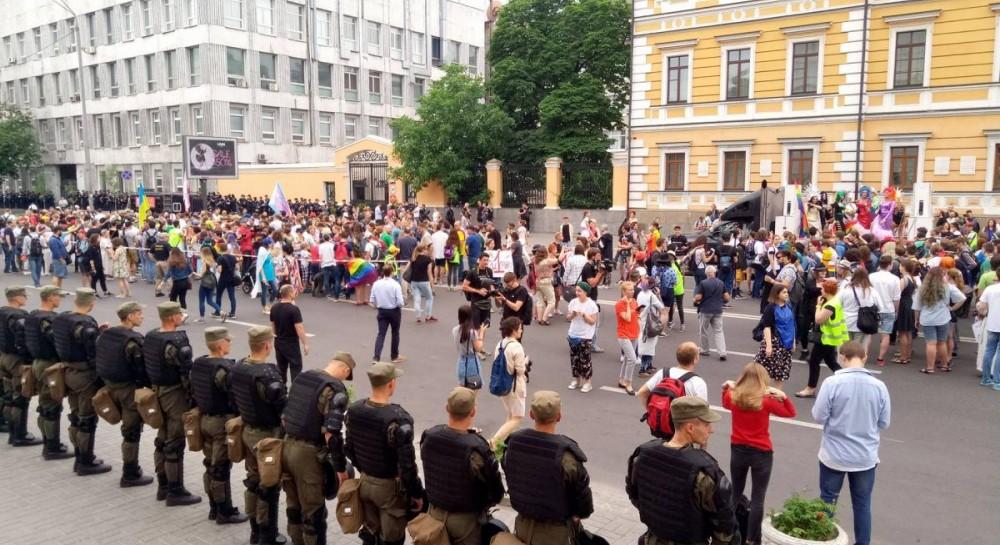 """В центре Киева открыли движение на пяти улицах после """"Марша равенства"""""""